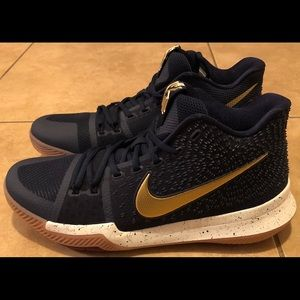 Nike Kyrie 3 Olympic Shoes Men's Size 11 Blue
